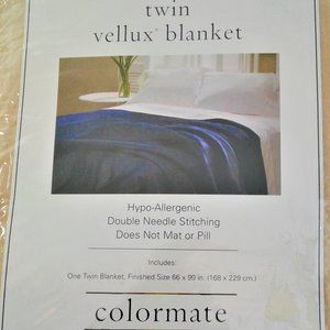 Twin Size Vellux Blanket NWOT